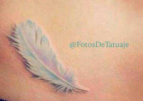 Pluma! Me encanta este tatuaje, yo lo quieroooo!