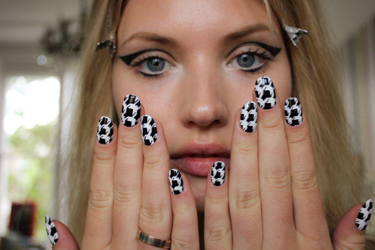 Inspired By Van Halen Nail Art Design Nail Art Designs How To Do Nails Nails