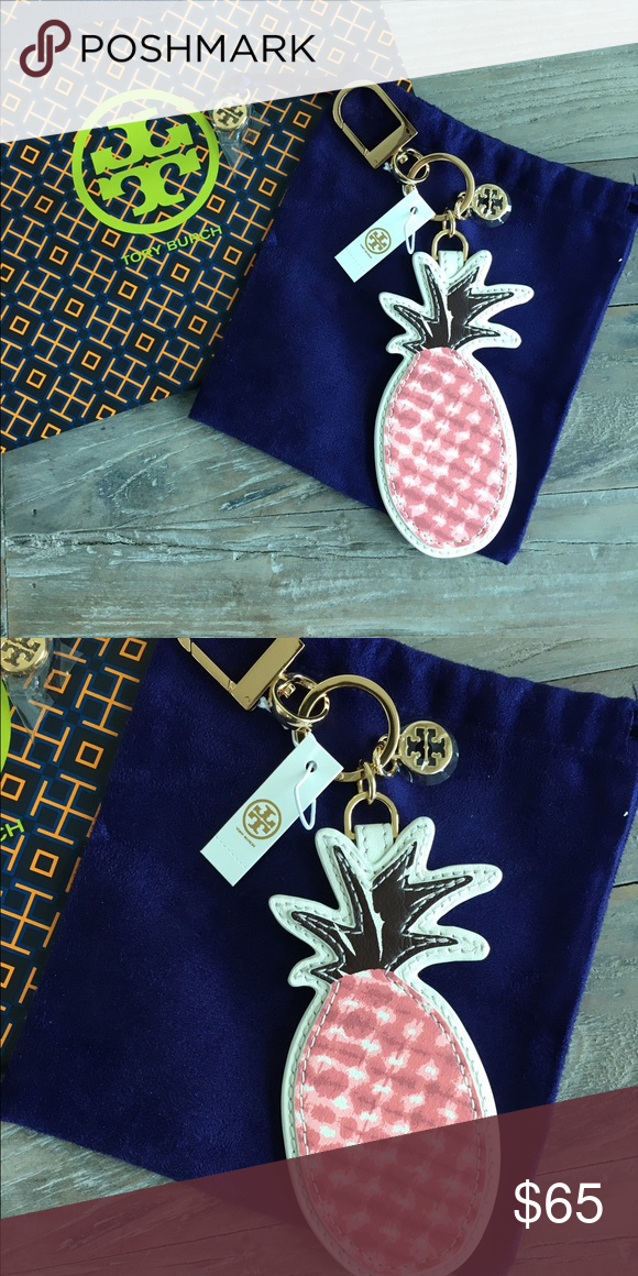 NWT Tory Burch Pineapple Key Fob Purse Charm Brand new with tag and dust bag Tory Burch Pineapple Key Fob Purse Charm with 14k Gold Hardware. MSRP $95. NO TRADES. Tory Burch Accessories Key & Card Holders
