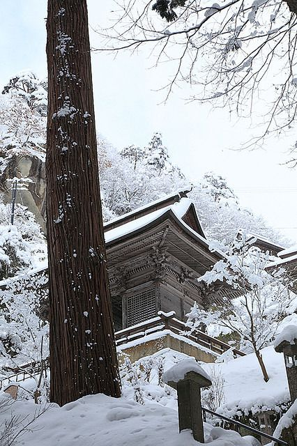 Yamadera in Winter by hashiee on Flickr.