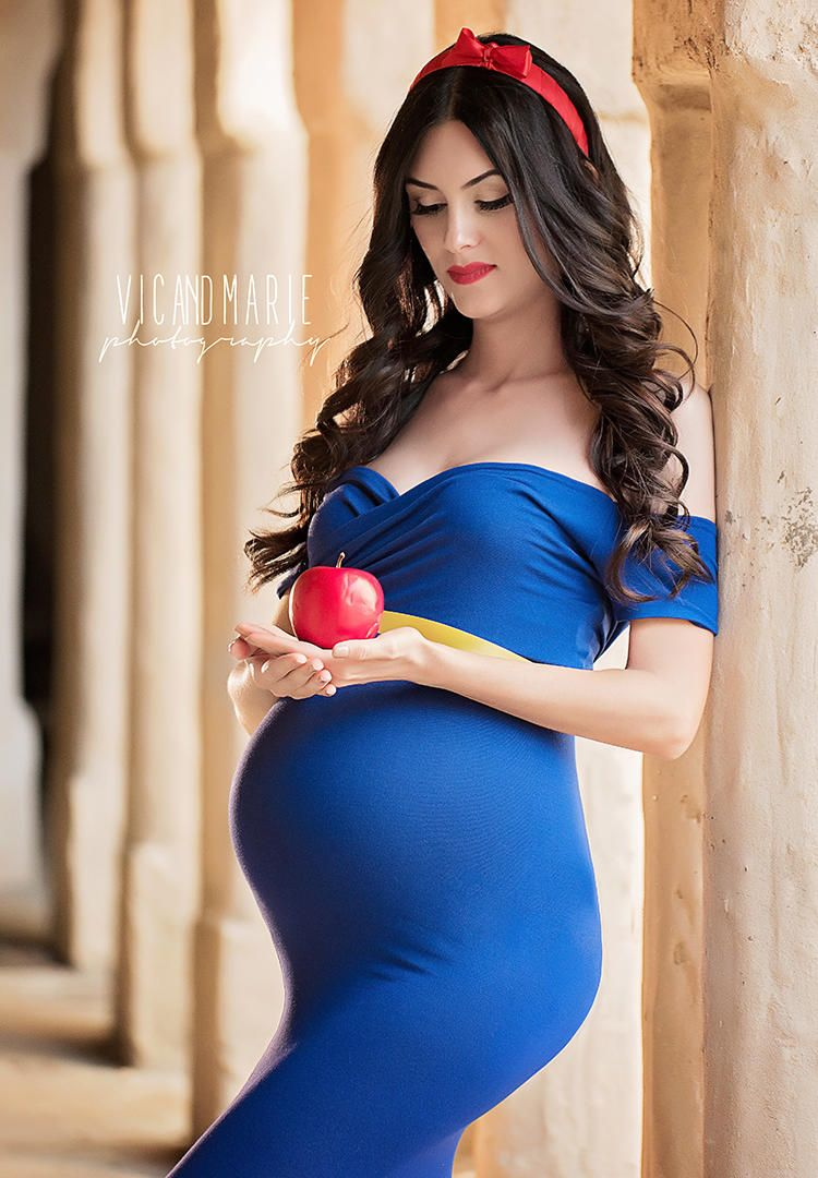 fb630efa8d2 5 Strangers Come Together For Disney Princess Maternity Shoot ...