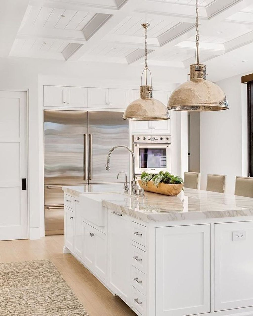 20 Fancy White Kitchen Design And Décor Ideas That Looks Cool