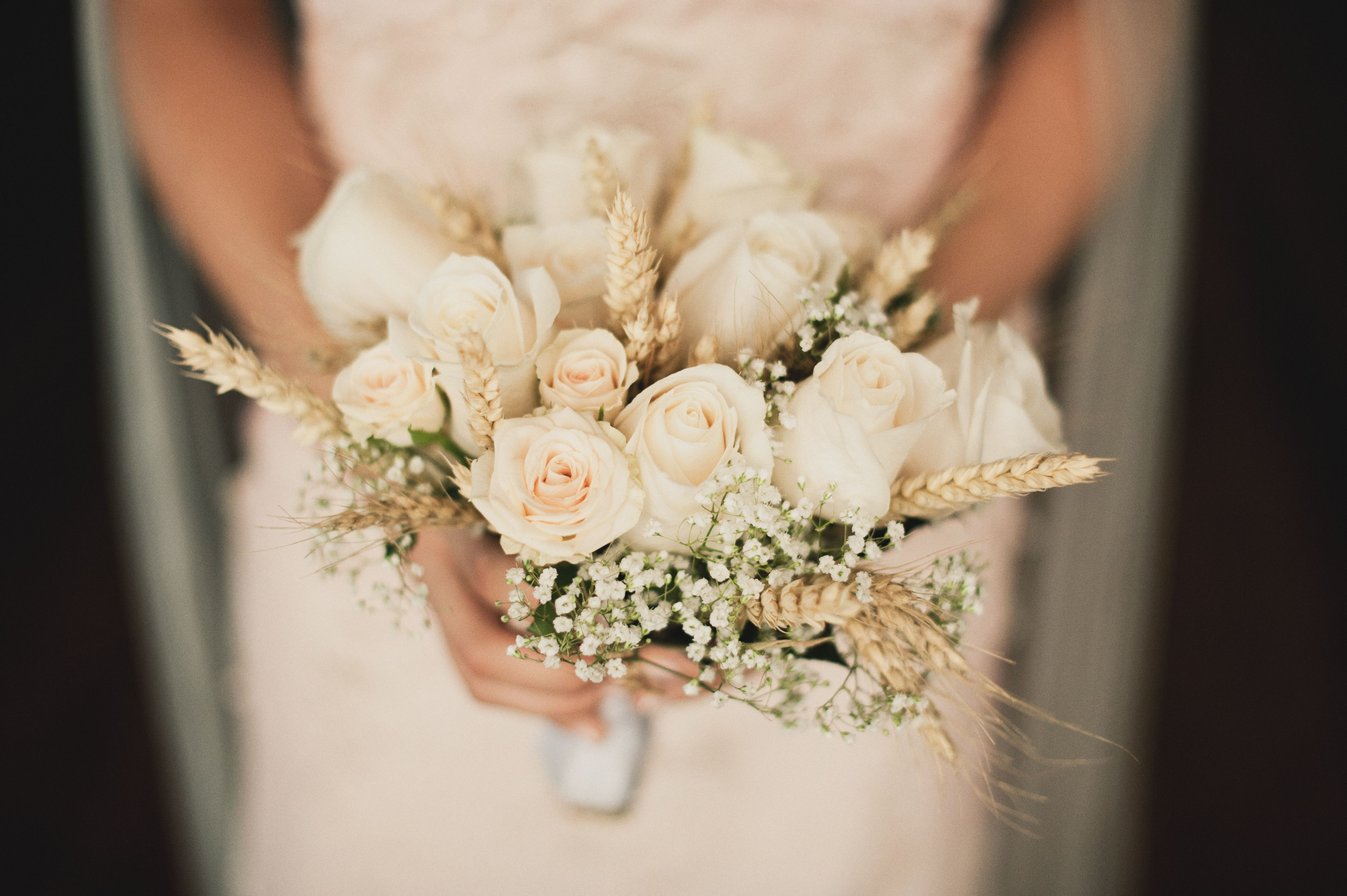 Lol Idk About The Wheat But Roses And Babies Breath Bouquet