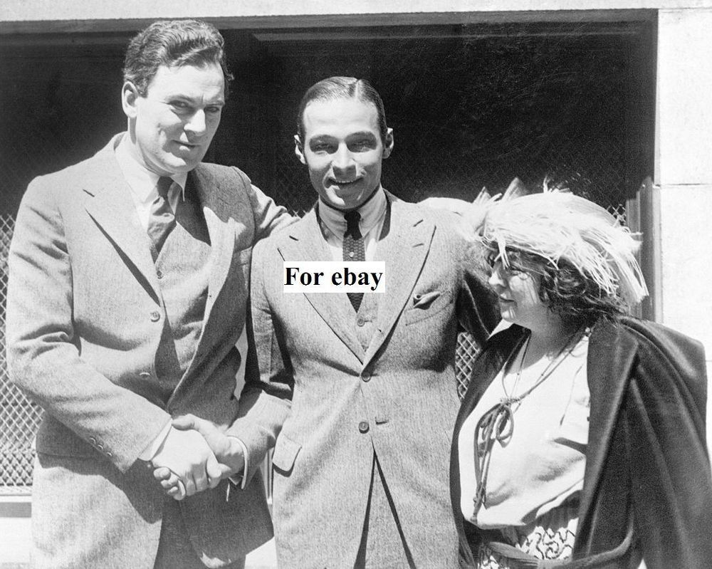 Rudolph Valentino Released on Bail with June Mathis and Thomas Meighan Photo
