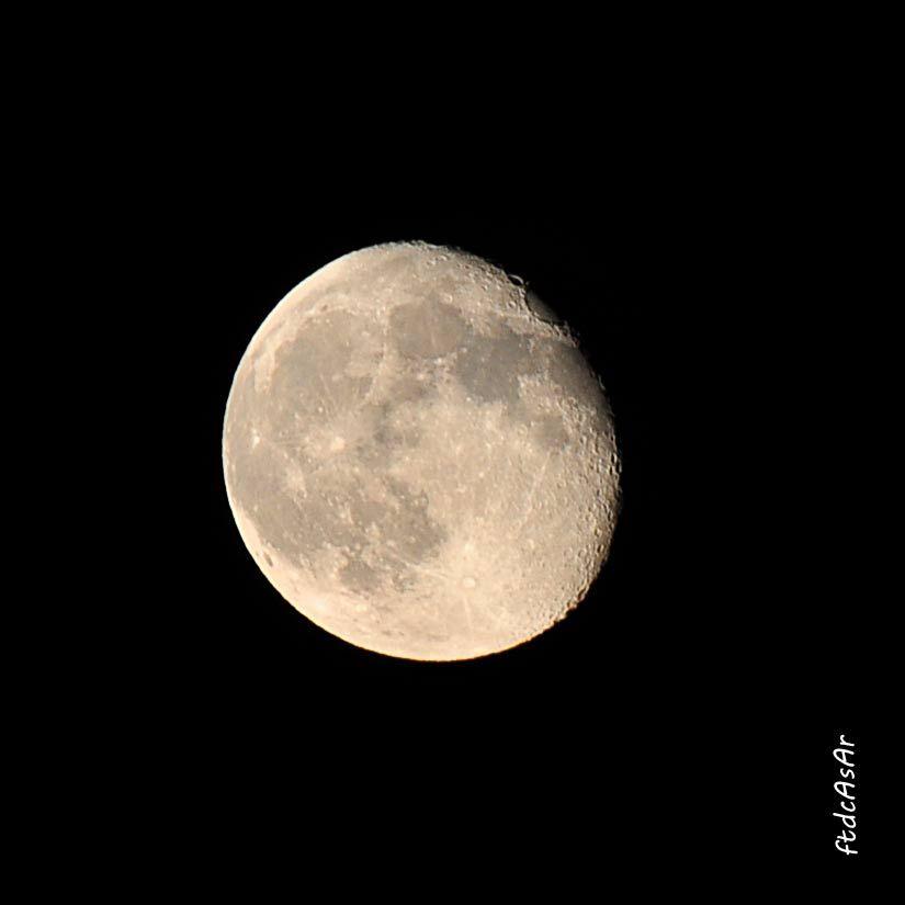 Mi foto de la luna del mes de julio