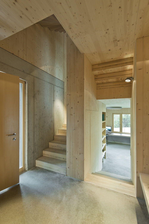 259ec3b2c11e36 Wohnhaus bei Salzburg von LP Architektur   Holz am Hang - Architektur und  Architekten - News   Meldungen   Nachrichten - BauNetz.de