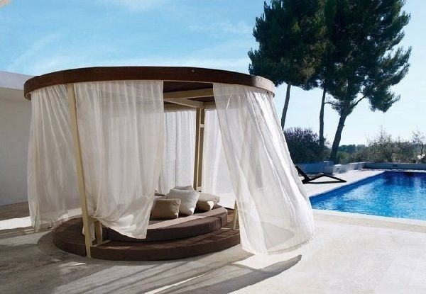 Romantic Outdoor Daybed With Canopy Patio Daybed Ideas Pool Deck Furniture