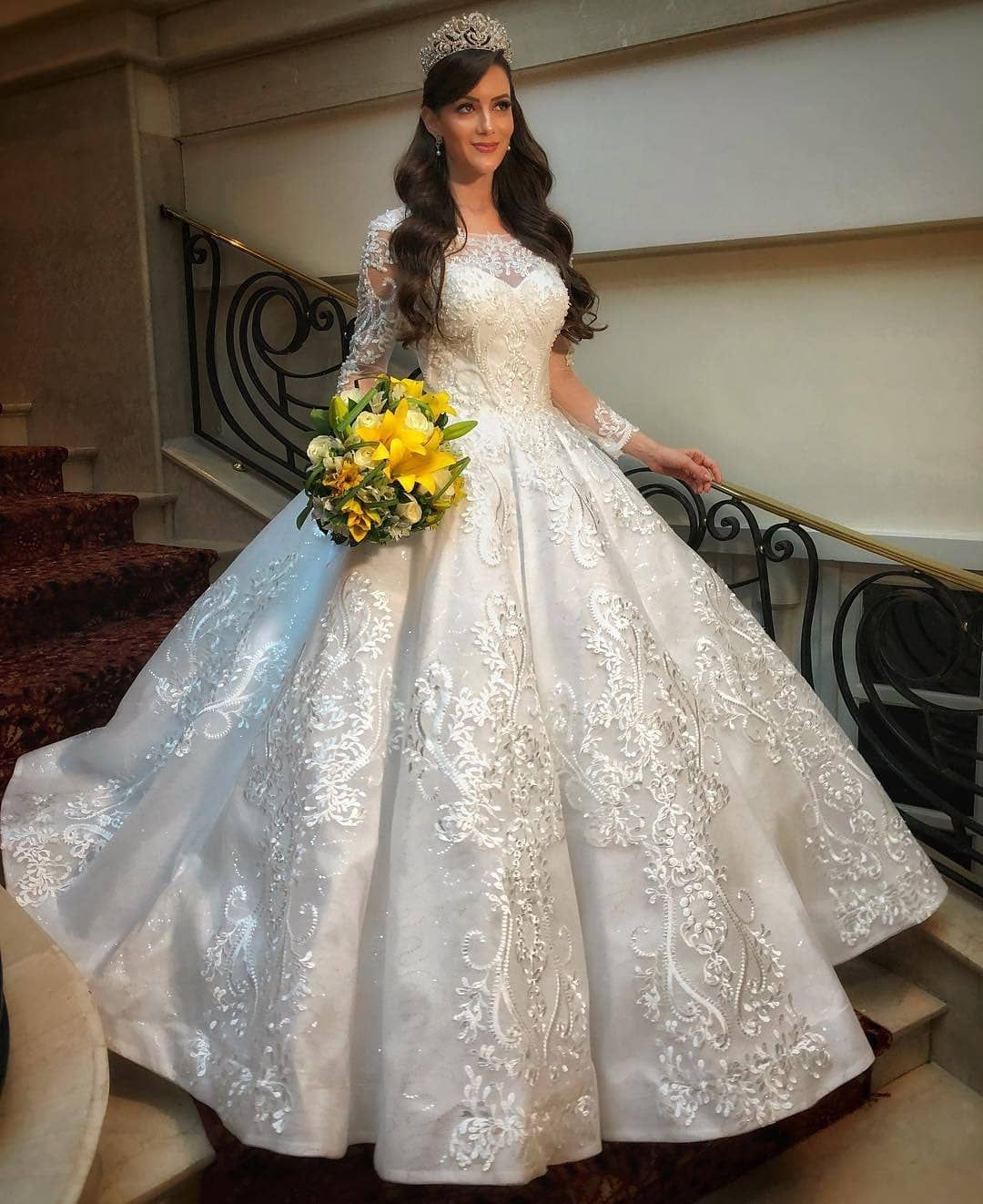 Replica Wedding Dresses From The Usa Ball Gowns Wedding Beautiful Wedding Dresses Wedding Dresses [ 1322 x 1080 Pixel ]
