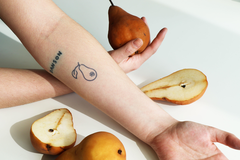Bosc Tattoo Semi Permanent Tattoos By Inkbox Tattoos Small Tattoos Simple Permanent Tattoo