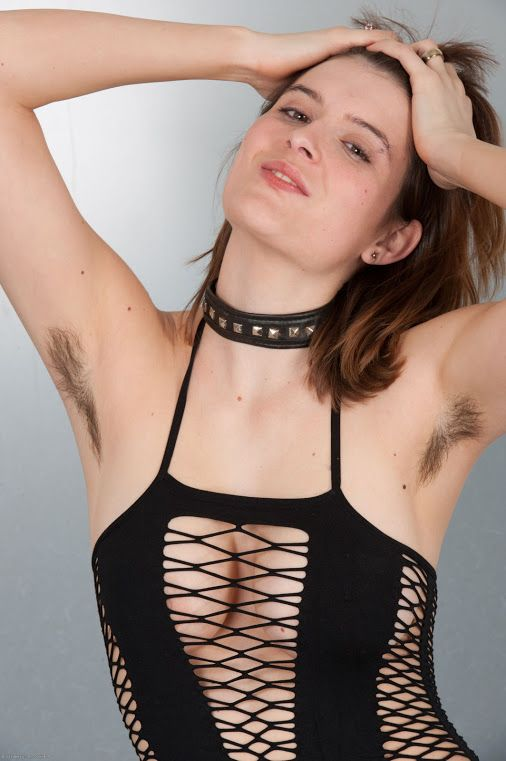 Hot Girls With Hairy Armpits
