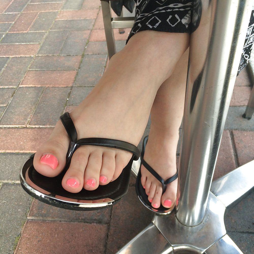 Épinglé sur Jolis pieds