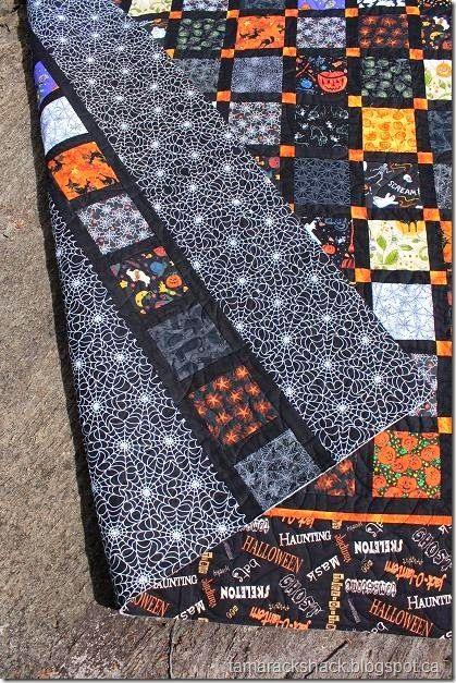 Halloween quilt. Cute back.