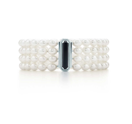 Such a beautiful Tiffany & Co bracelet!!!