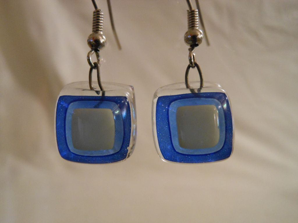 Boucles d'oreilles en verre fusionné et émail, monture argent 925/1000e