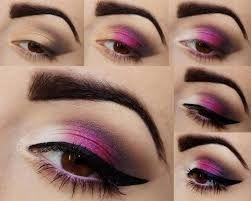Maquiagem com Sombras Rosa, Branco e Preto e Delineado