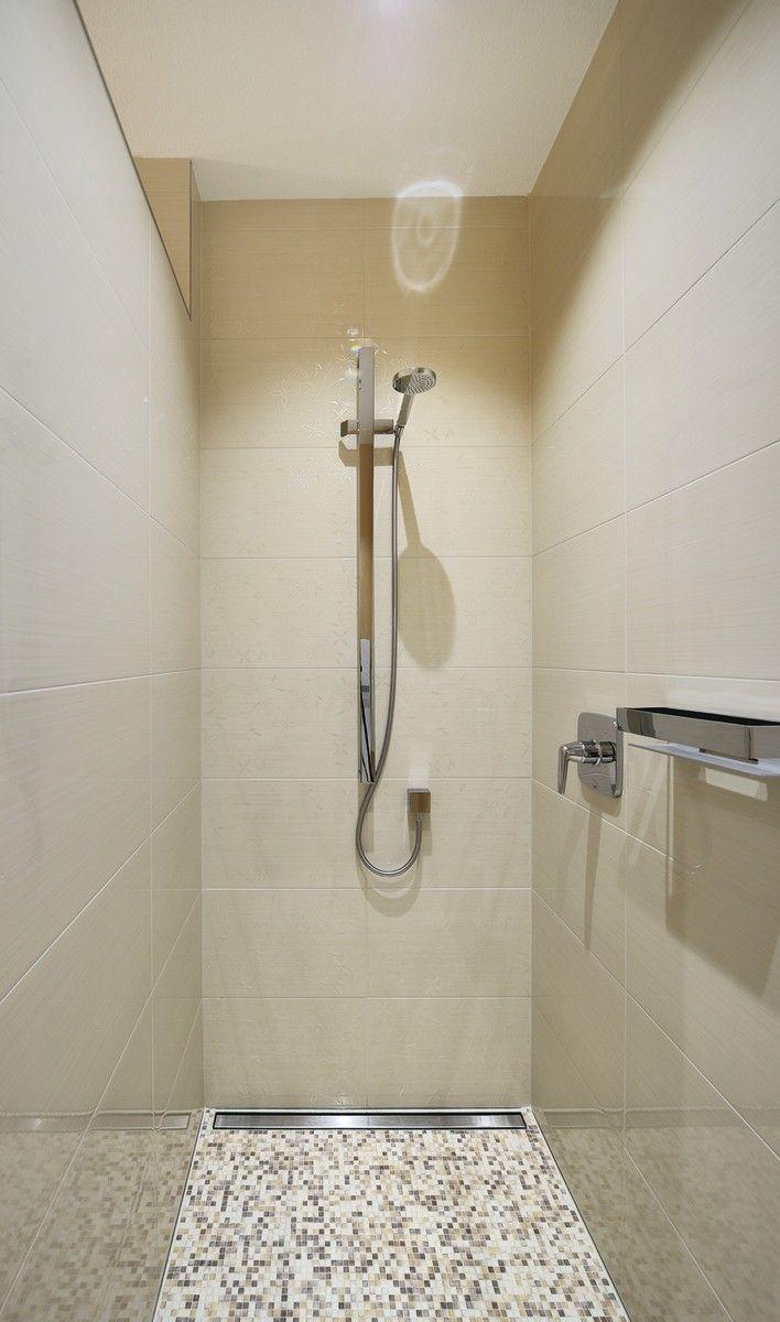 Bodengleiche Dusche Mit Mosaik Fliesen Badezimmer Weberhaus