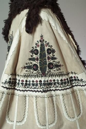 Why can't this be cool to wear nowadays?