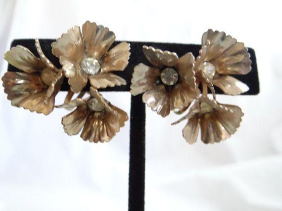 Vintage GT Flower Earrings with Rhinestone by SecondWindShop, $9.50