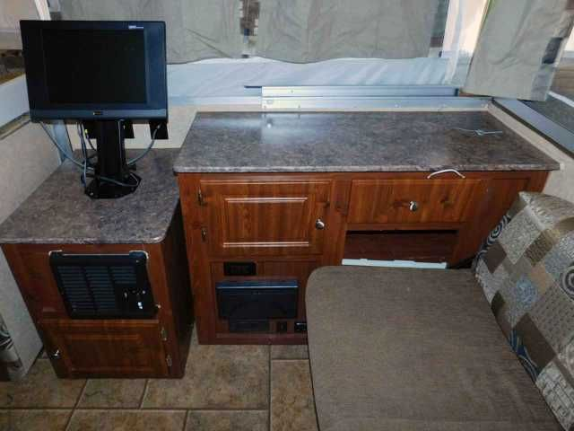 2010 Used Forest River Rockwood High Wall Hw296 Pop Up Camper In New York Ny Recreational Vehicle Rv 2010 Forest River Rock High Walls Pop Up Camper Rockwood