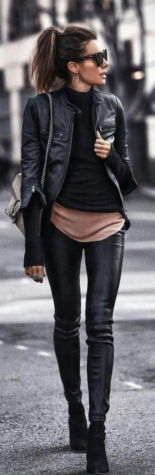 In love! — Because the easy and elegant all-black-outfit doesn't have to be all black anymore! A subtle neutral adds a new twist! #leatherjacketoutfit