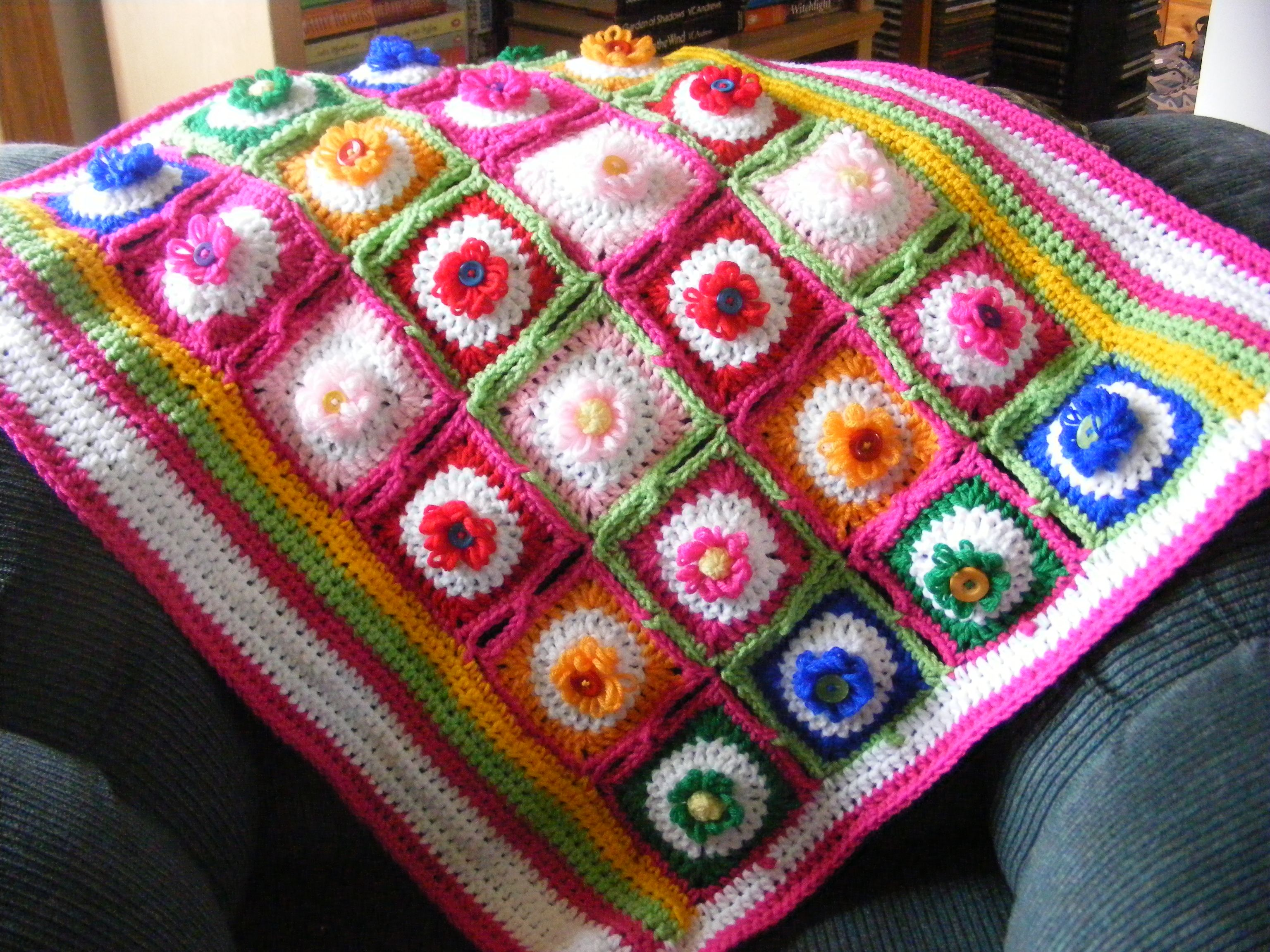 how to make a flower loom blanket