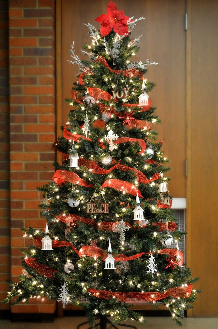 Country Church Tree With Dollar Store Decorations Christmas Decorations Mad In Crafts Church Christmas Decorations Country Christmas Trees Christian Christmas Decorations