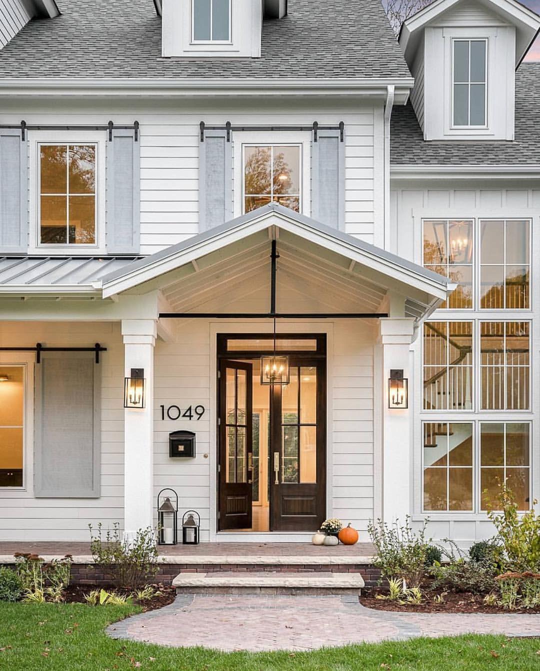 Pin de maria jose en fachadas house modern farmhouse - Porches de casas ...