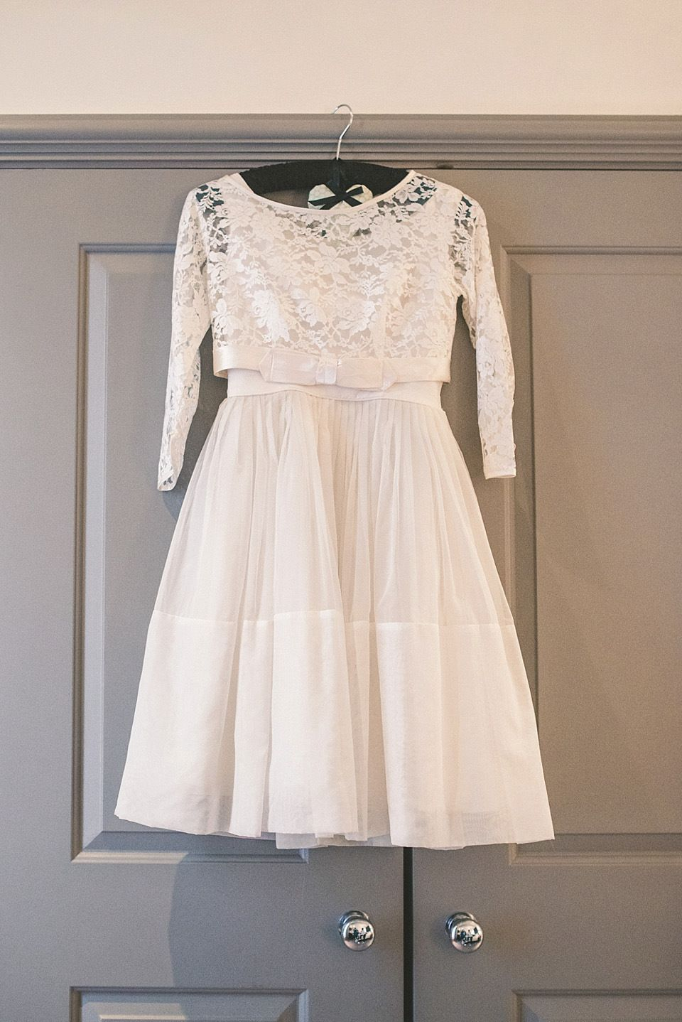 60s wedding dress  A us Vintage Frock and Fur Stole for a Relaxed Camden Pub Wedding