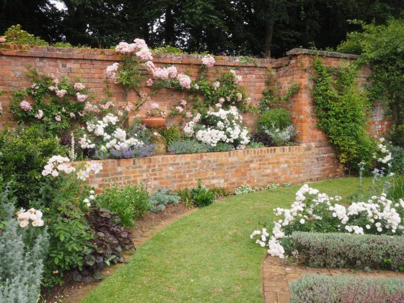 Beautiful British Gardens: Coton Manor Gardens ...