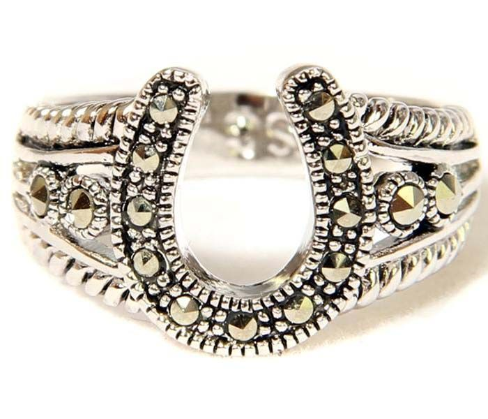 the very idea for the horseshoe wedding rings for women is quite clear actually you would have the mounted design of the ring to create the horseshoe shape - Horseshoe Wedding Rings