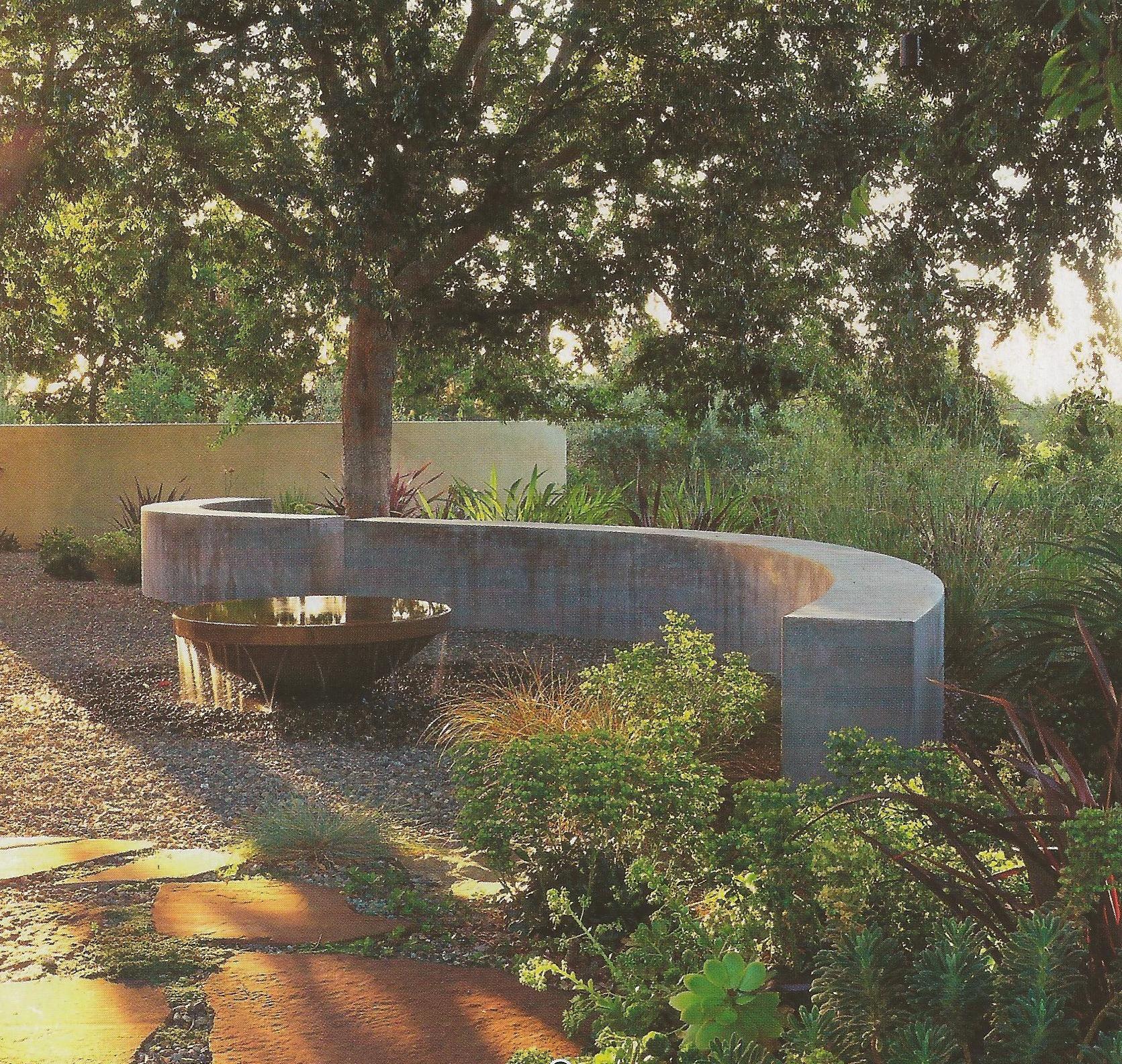 Curved Concrete Wall Mid Century Landscaping Dutch Gardens Landscape Design