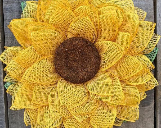 Photo of Große rosa Sonnenblume, Sackleinenkranz, Sonnenblumenkranz, rosa Sackleinenkranz, Sackleinenblumenkranz, Frühlingskranz, Sommerkranz, Haustürkranz,