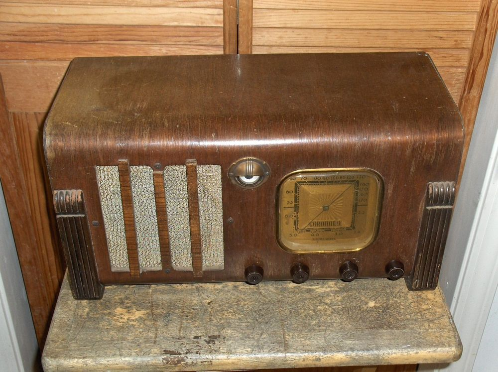 Rare 1938 CORONADO Model 623 AM/SHORTWAVE Radio - Art DECO Waterfall Cabinet !!!
