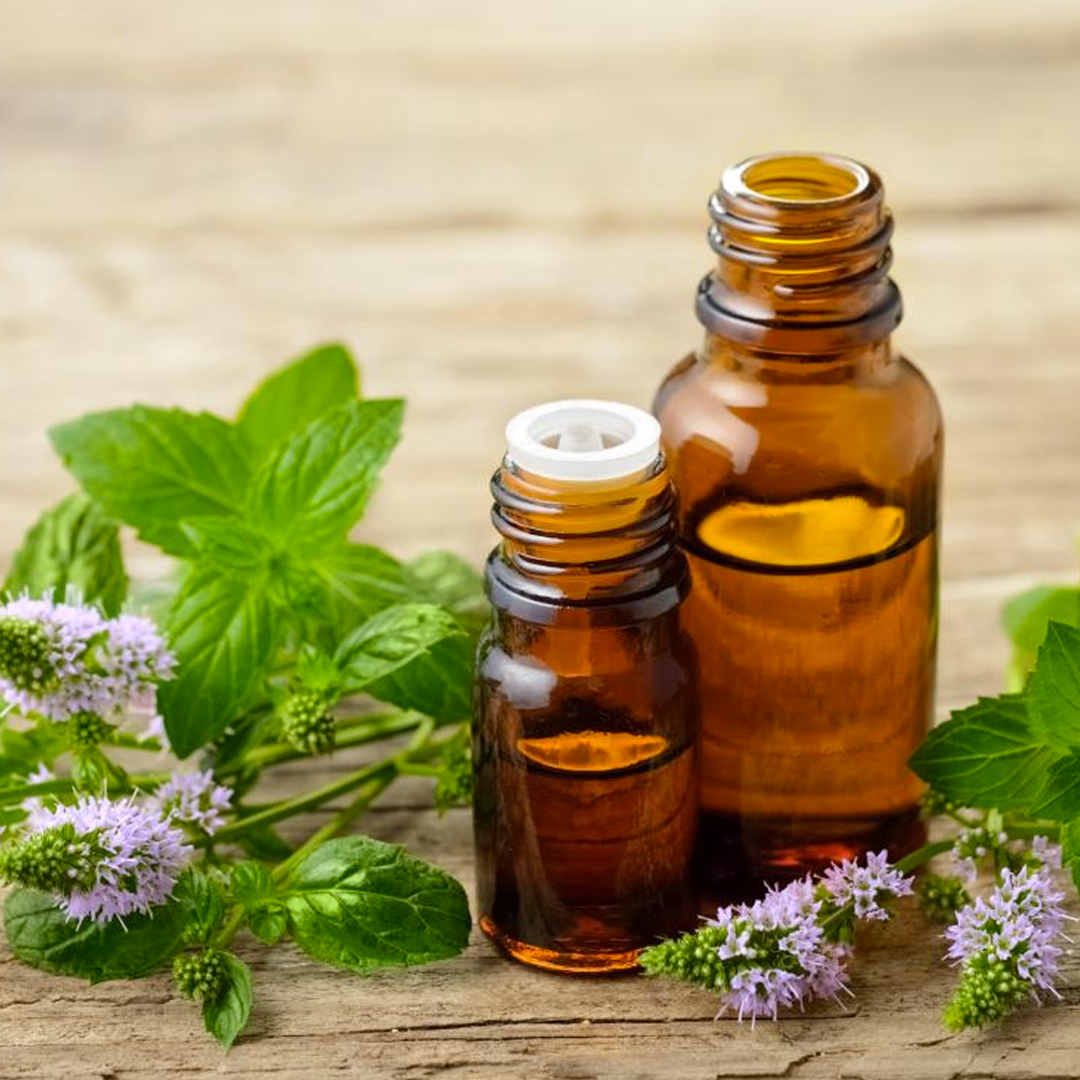 How to Use Aromatherapy Oils for Stress Relief (With