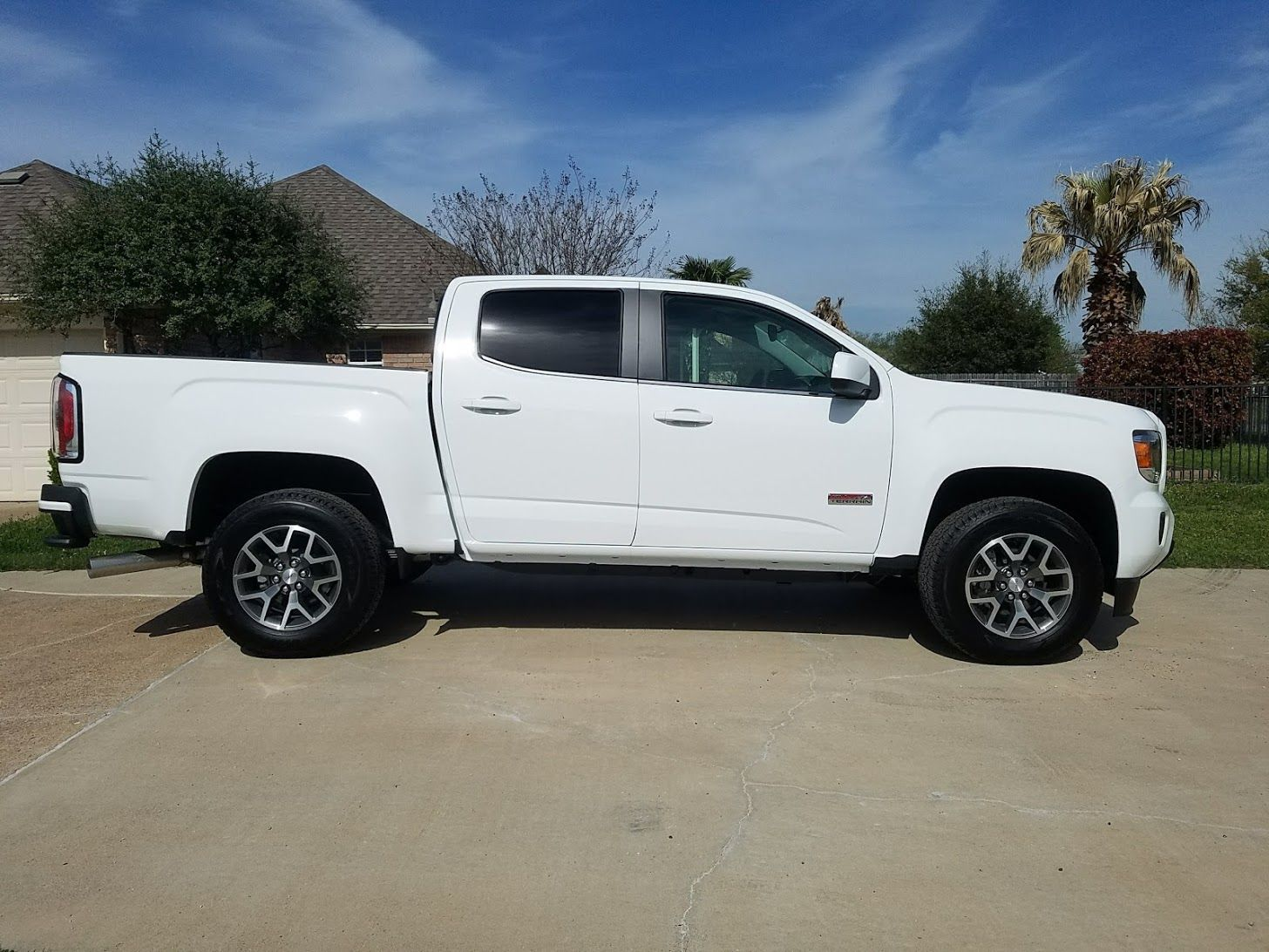2018 Gmc Canyon All Terrain Ccsb Diesel Gmc Canyon Gmc Canyon