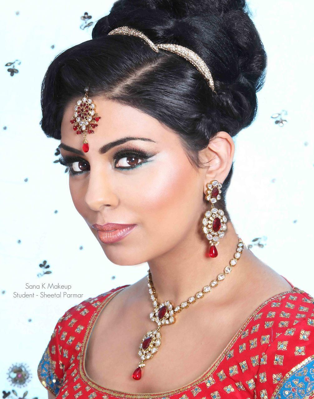 Asian wedding makeup, Bridal makeup, Pakistani
