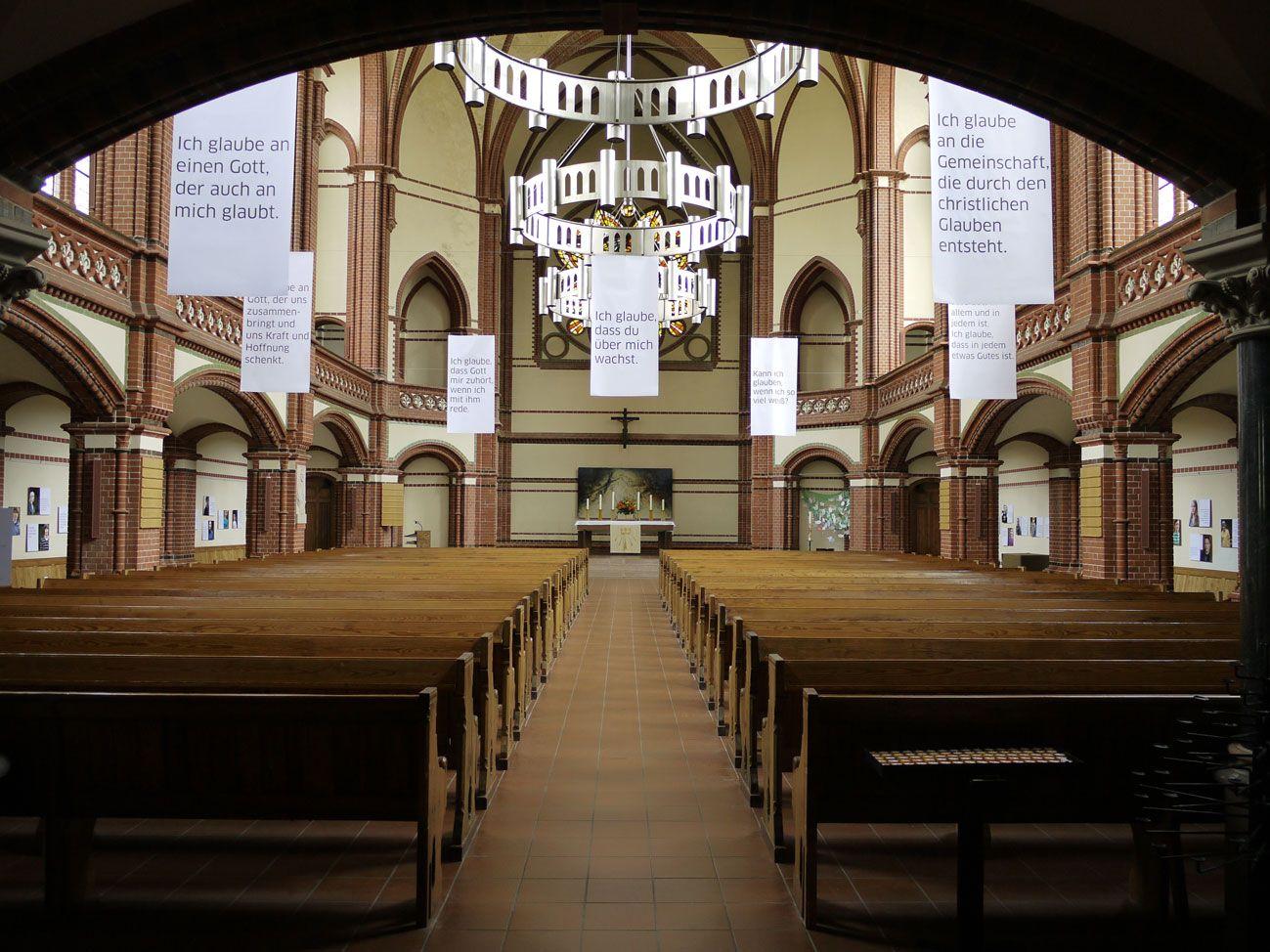 Foto-Austellung April 2012, Ev. Kirche Zum Guten Hirten, Berlin-Friedenau