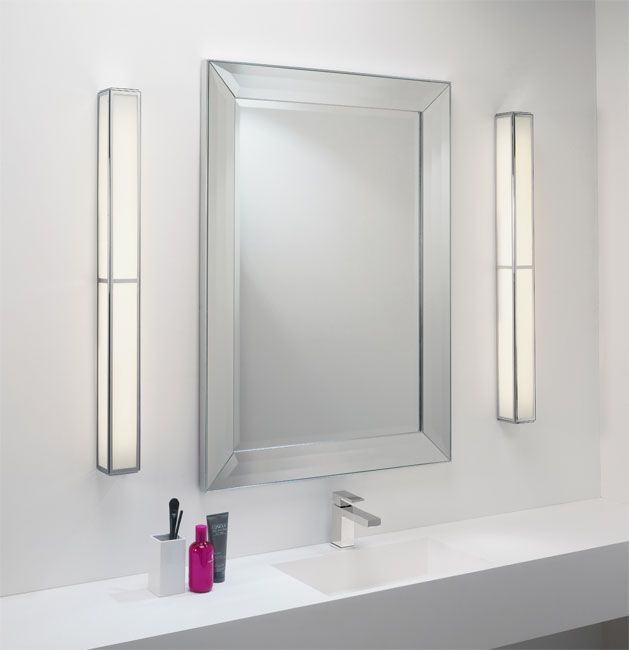 Novo vertical lighted mirror miror lighting bathroom - Bathroom vanity mirror side lights ...