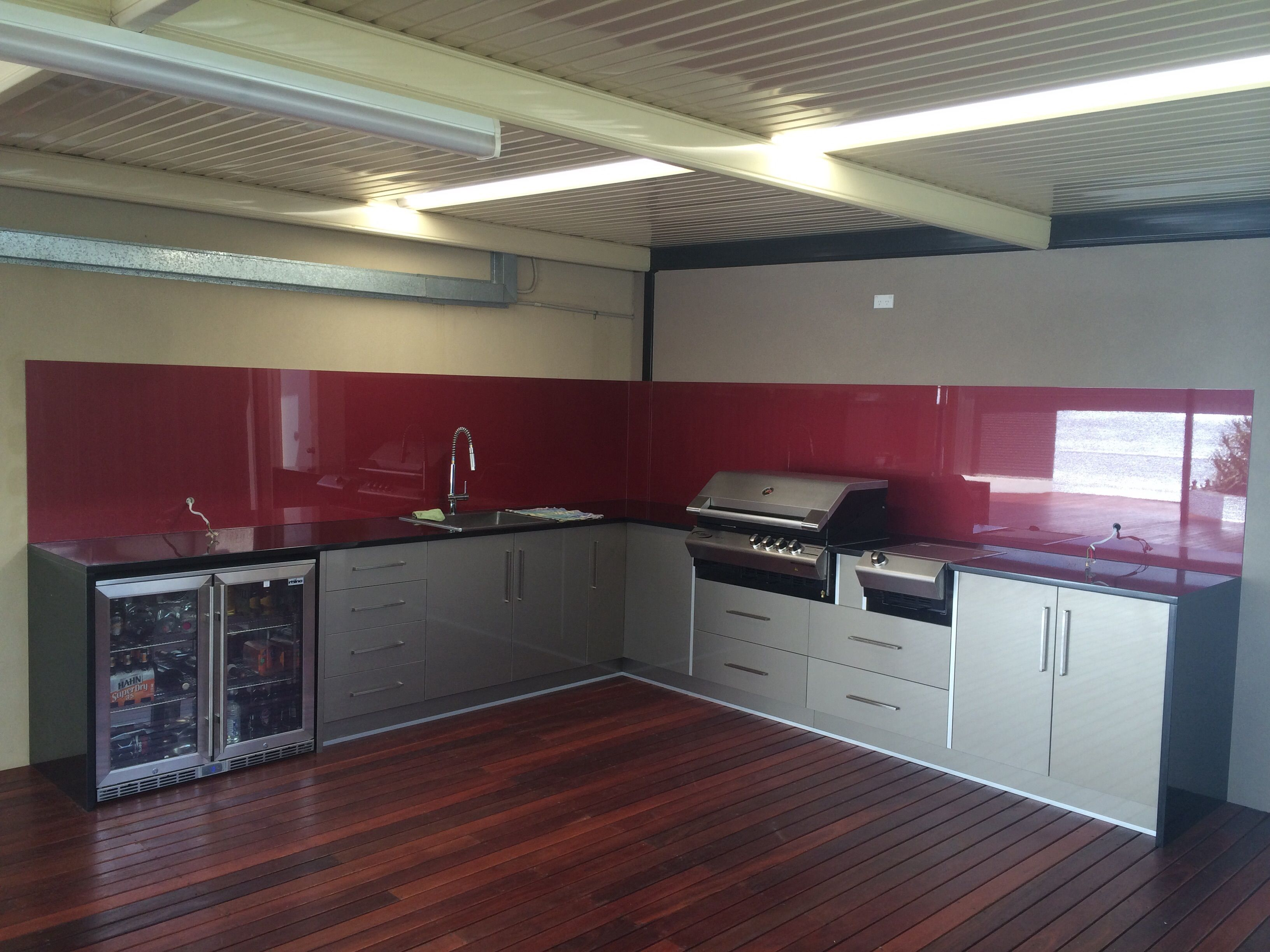 Residential Project By Sutherland Shopfitters Entered In Laminex Australia S Project Of The Year Outdoor Kitchen Cabinets Outdoor Kitchen Kitchen Cabinets
