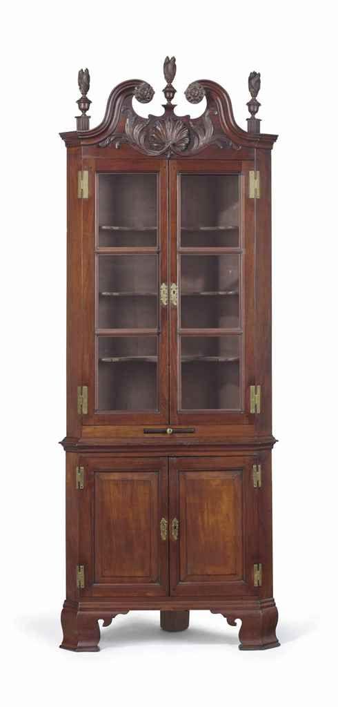c1780 Chippendale corner cabinet, Phila, PA, wal, 94t, 17-38 ...