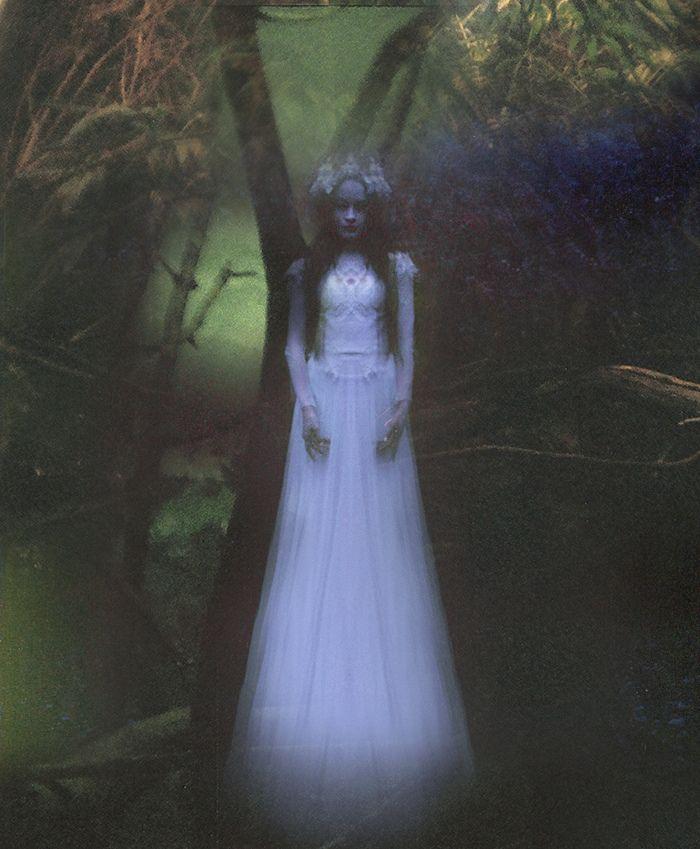 "https://flic.kr/p/bwMvBg | Senza titolo | Wandering Spirits Dress: Nora Sarman <a href=""http://www.facebook.com/RekaKotiPhotography"" rel=""nofollow"">www.facebook.com/RekaKotiPhotography</a>"