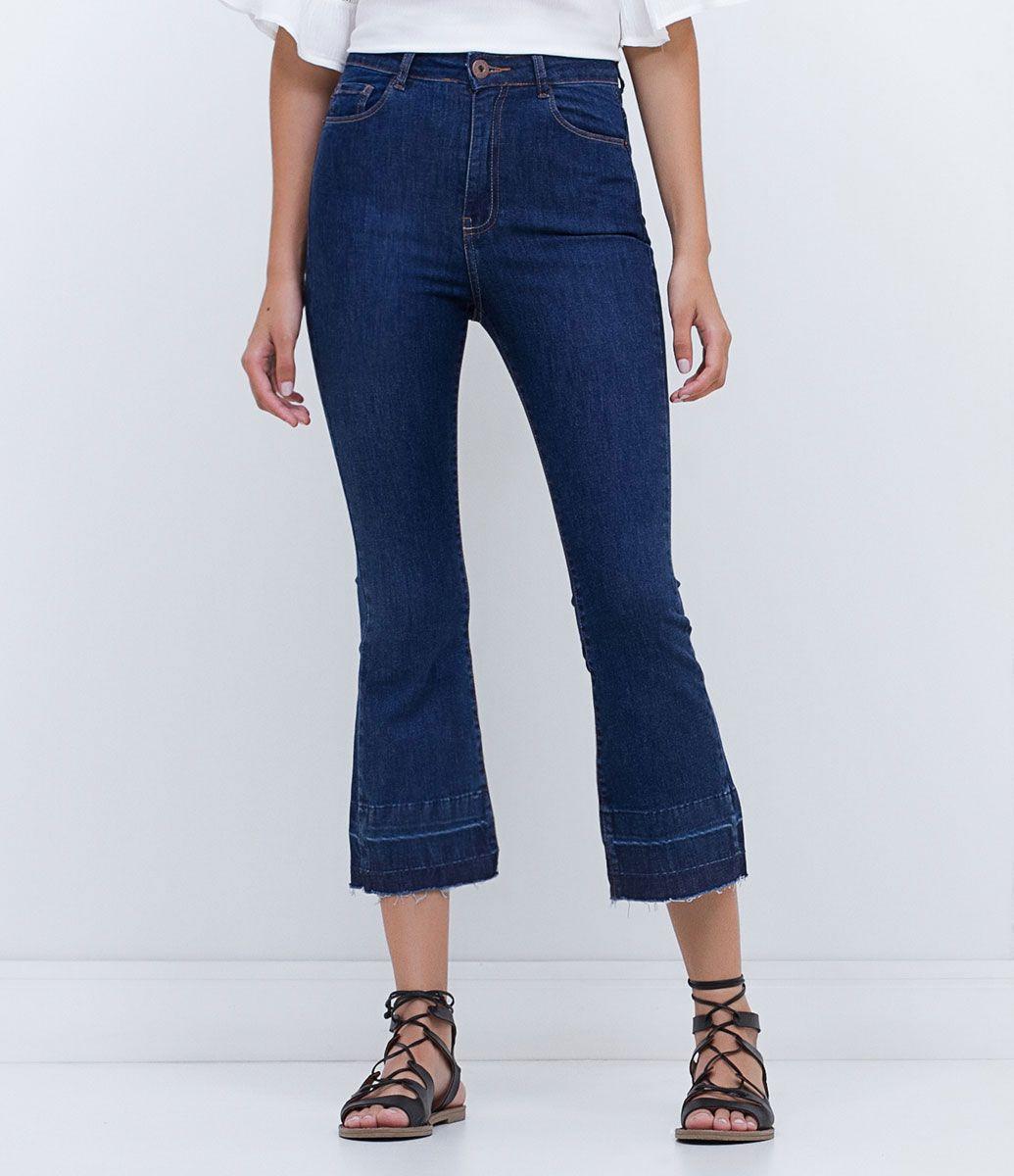 0c7cd4284 Calça feminina Modelo cropped Flare Cintura alta Marca  Blue Steel Tecido  jeans  elastano Composição