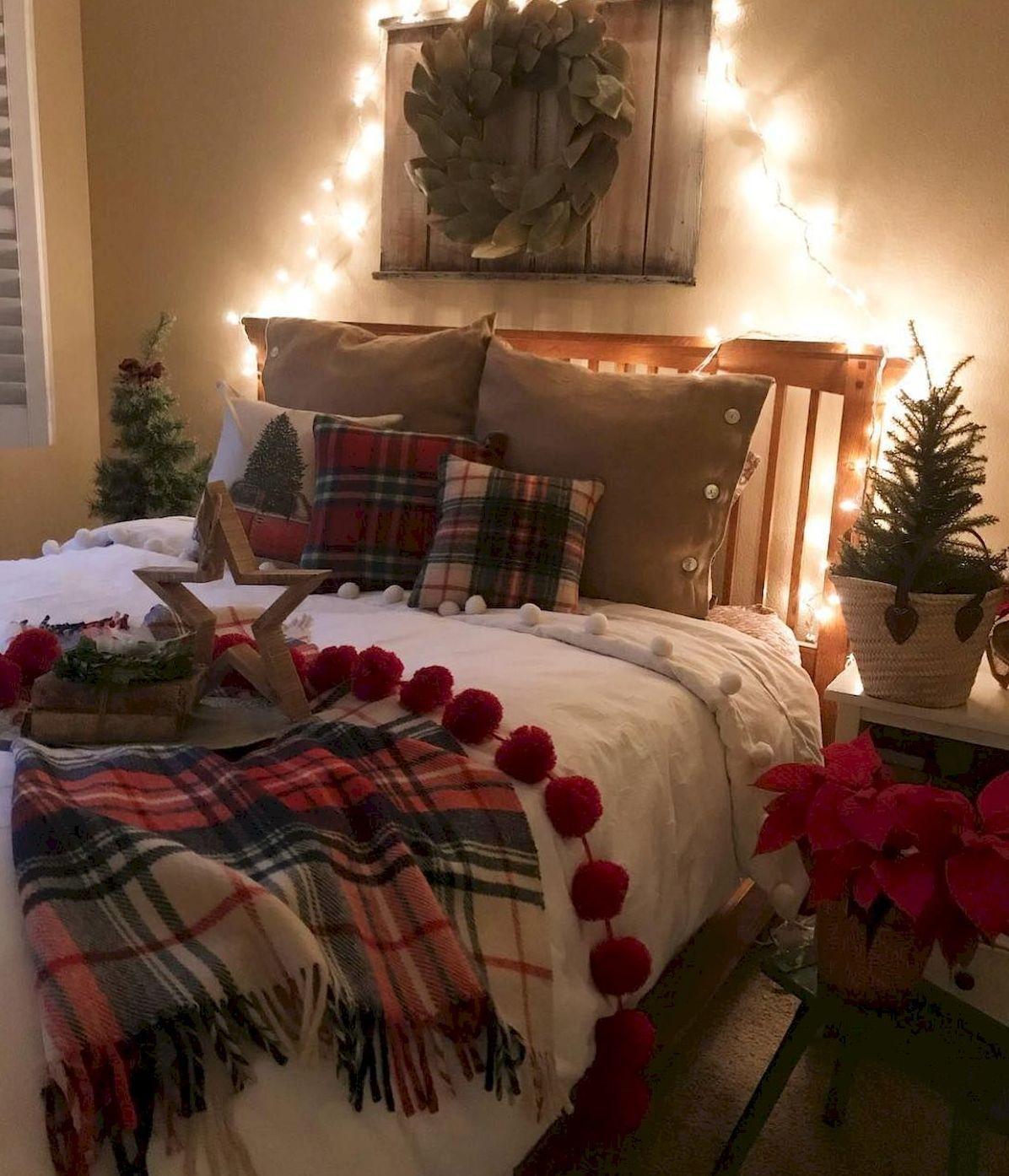 Romantic Christmas Themed Bedroom Https Hajarfresh Com Romantic Christmas Themed Bedroom Christmas Decorations Bedroom Christmas Room Decor Christmas Bedroom A cozy christmas bedroom