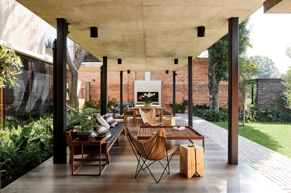 Existing Trees Left To Grow Up Guadalajara House By Alejandro Sticotti In 2020 Patio Architect Mid Century House