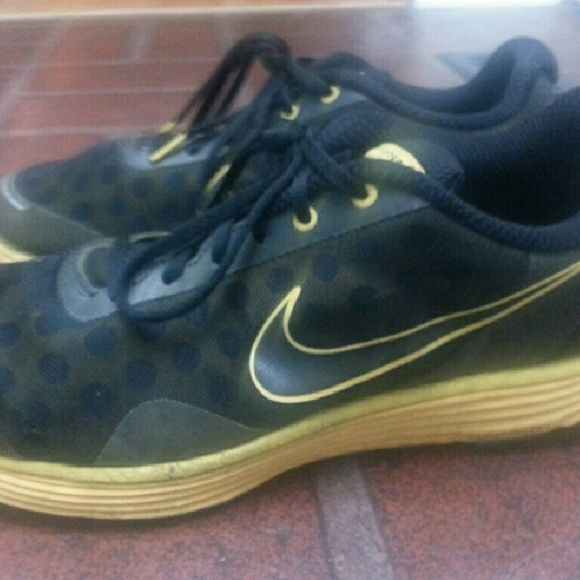 50457ff543ba Men s Nike Lunarswift 2 Running Shoes Pre-owned mens running shoes black  and yellow. Nike Shoes Sneakers