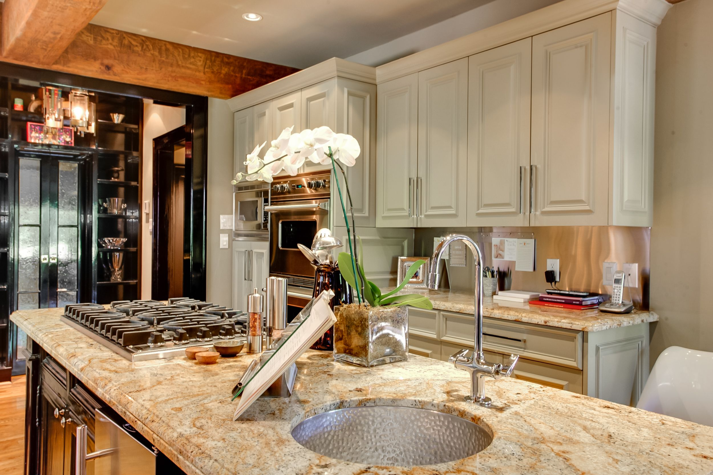 Gourmet Kitchen With Granite Counter Tops 2117 Spanish Trail