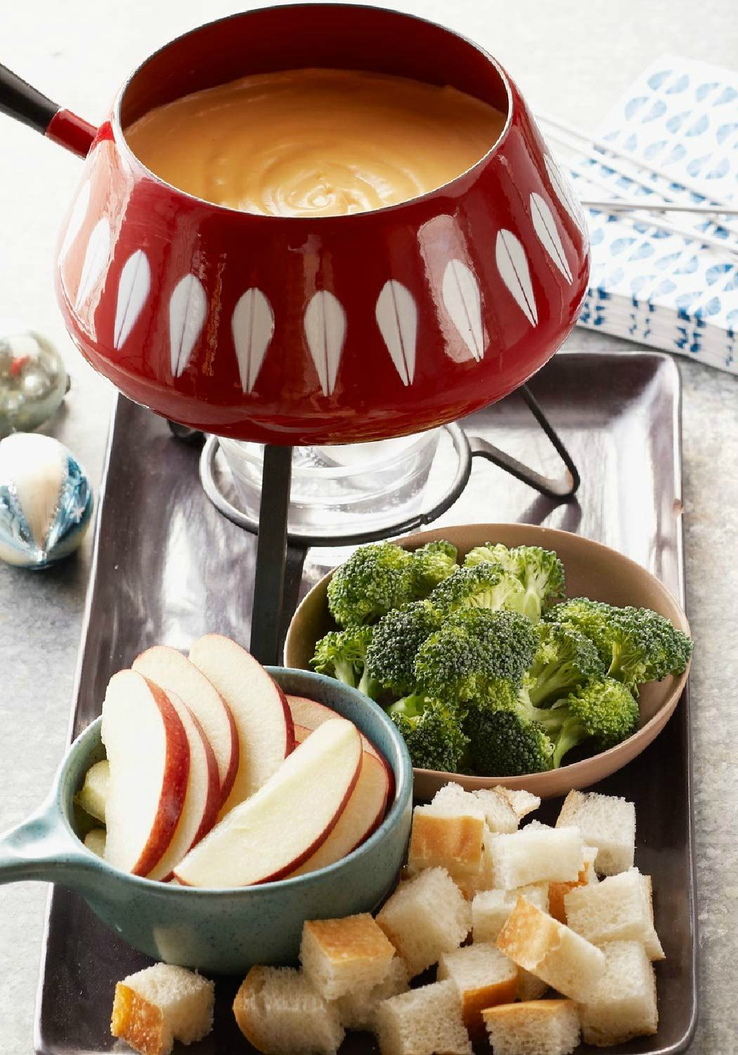 Quick Cheese Fondue Recipe Kraft Recipes Appetizer Recipes Fondue Recipes Cheese Cheese Fondue