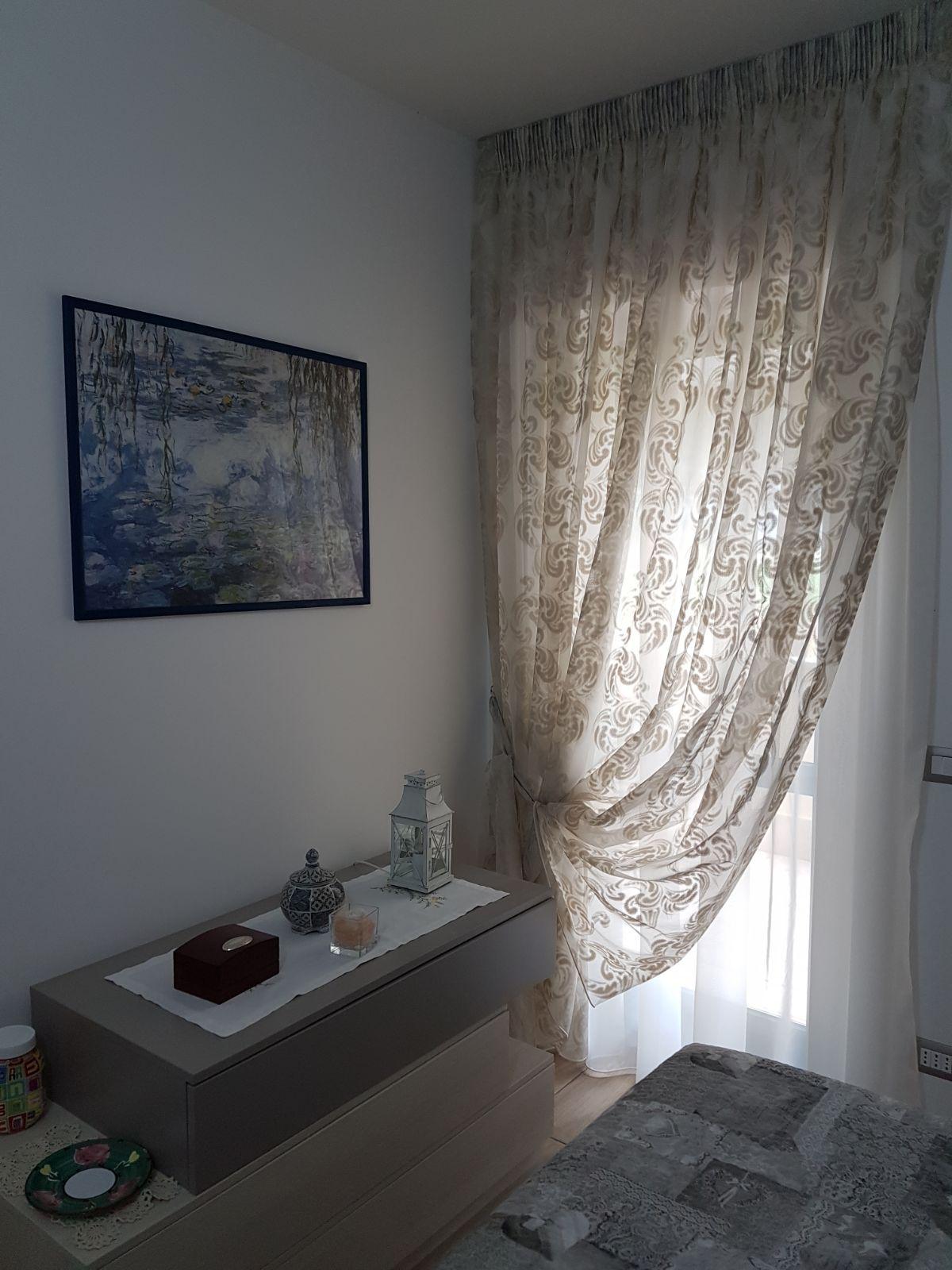 Tende arricciate doppie su binario per cameretta tende - Tende per finestre cameretta ...