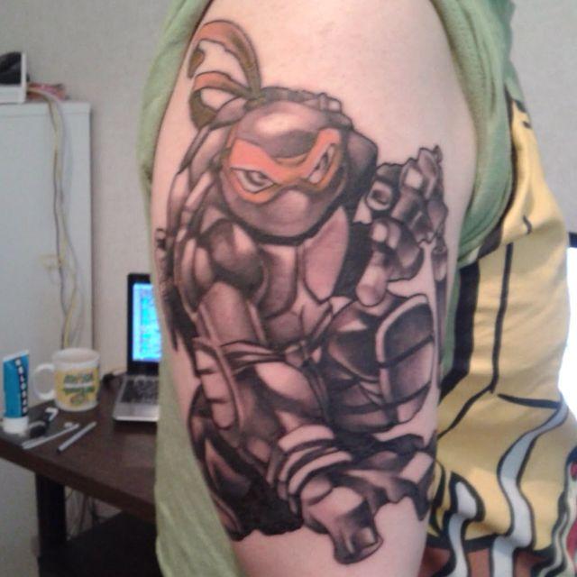 Pour une fan des TMNT comme moi!! Ce tattoo est MALADE ...