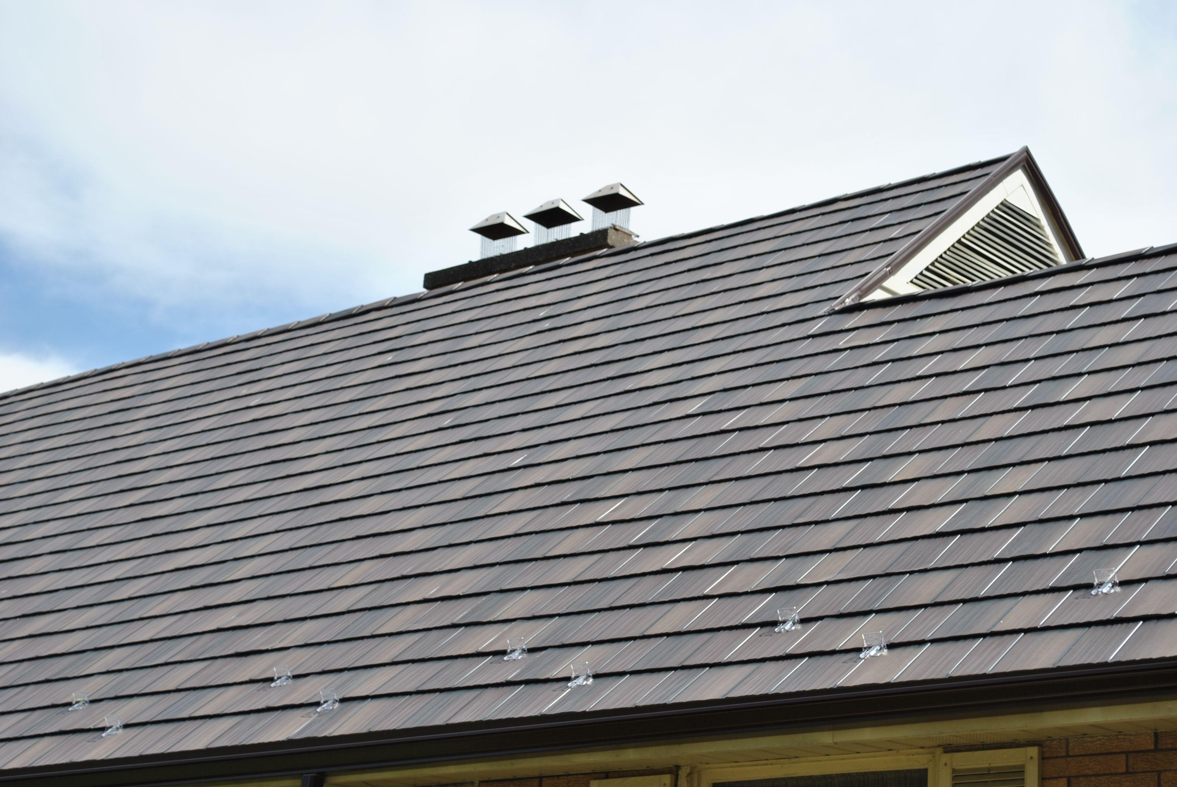 Best Metal Roofing Installation 2011 Windsor On Http Www 400 x 300